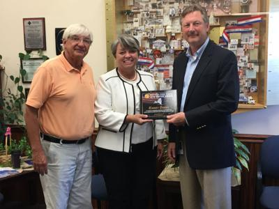 Ritchie honors Kinney Drugs with Senate award