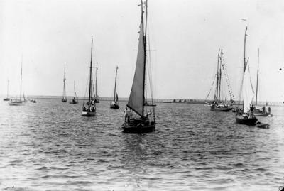 Yacht Club sues city over pier site