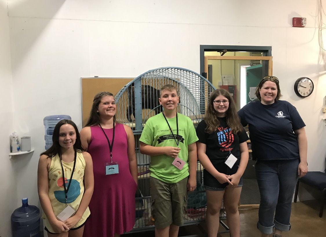 Sheldon Institute for Barbara Shineman Scholars takes a bite out of fun this summer!