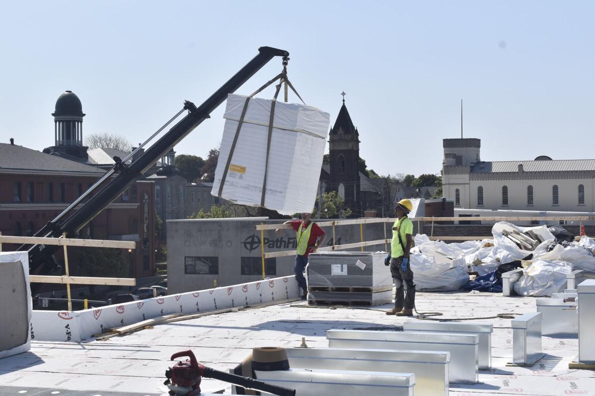 Rooftop contractors.jpg