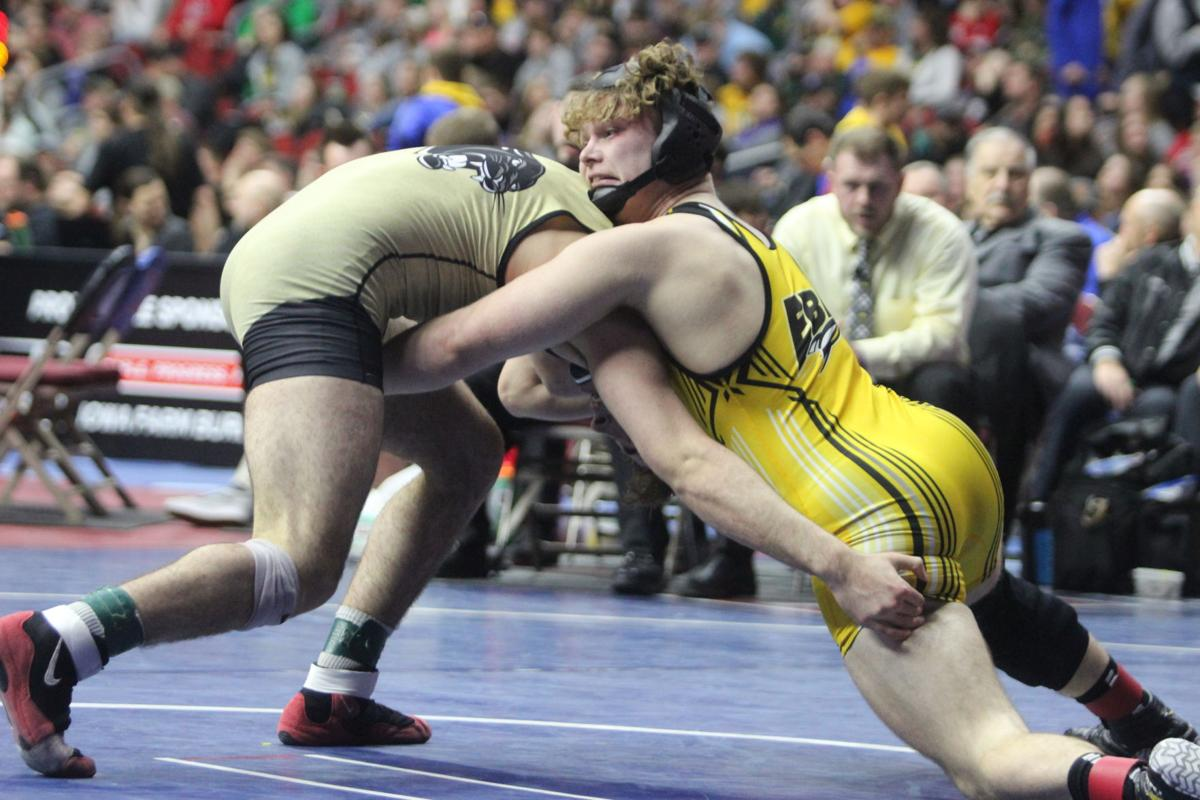 Walker survives battle for state title (Main 2-4 column photo option)
