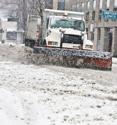 Another round of winter weather blasts the area | Local News