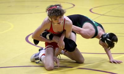 Bulldogs wrestle for ninth straight win