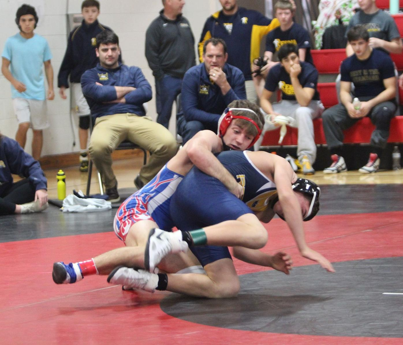 Defending state champ Reeves leads Albia to Pekin wrestling invite title |  High School Sports | ottumwacourier.com