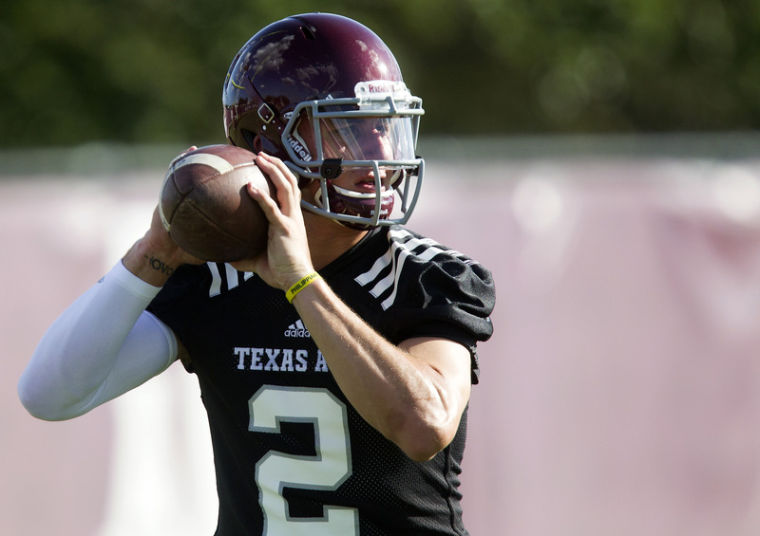 Texas A M Manziel Football-3