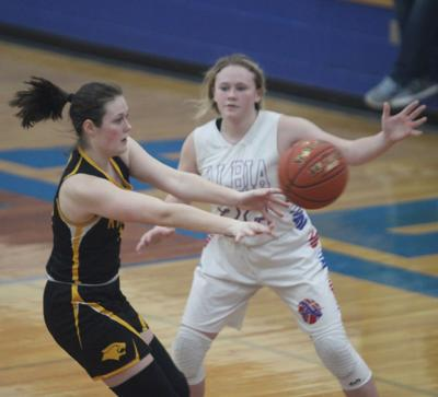 Panthers top Lady Dees to clinch outright SCC title