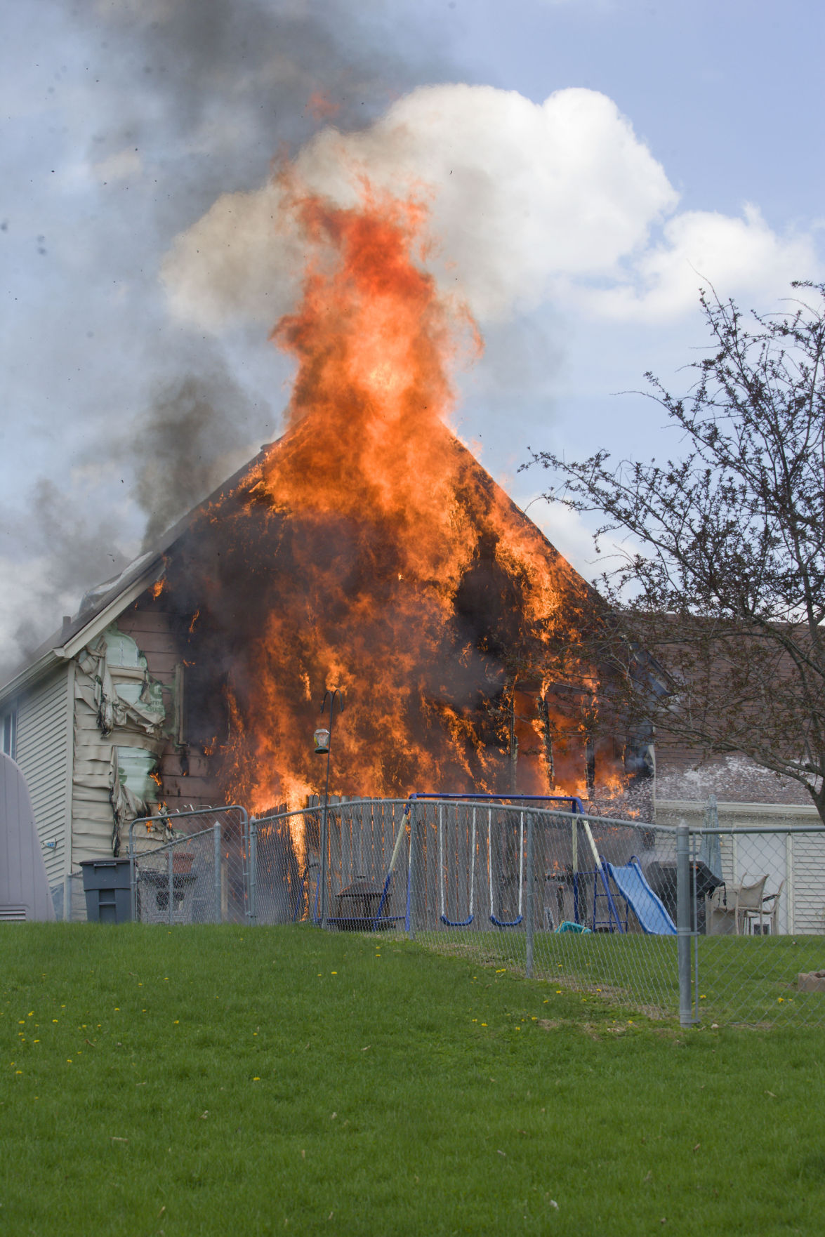 Bladensburg Road house fire flames