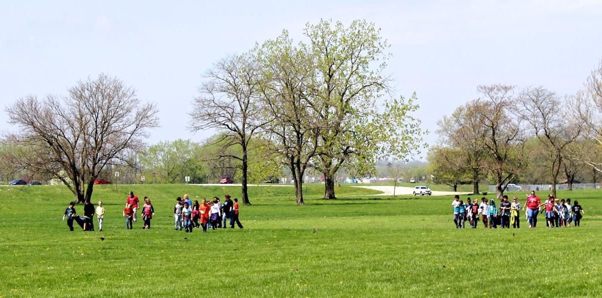 Wilson park cleanup distant
