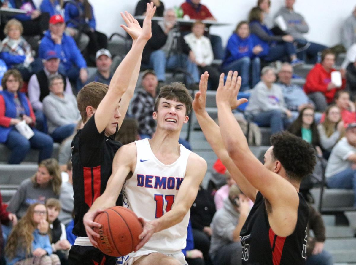Boys basketball: Big second half pushes Albia to 16th win