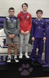 Summers wins 160-pound title at Burlington