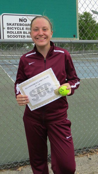 DC's Thompson wins SCC girls tennis title