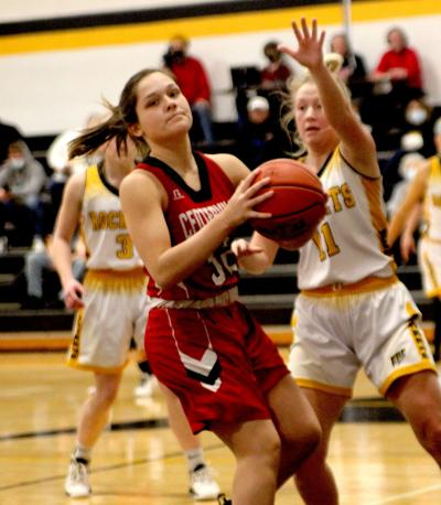 Redettes maintain outright SCC lead