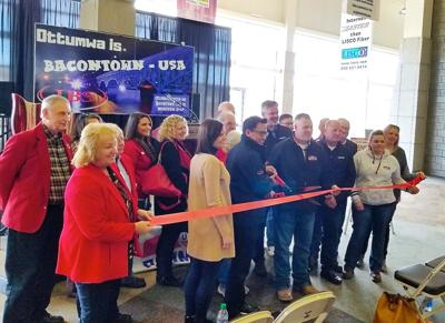 Bacon ribbon cutting