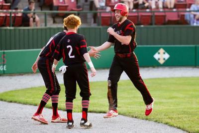 Big Reds clinch SCC baseball title