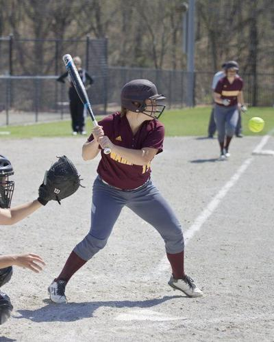 IHCC softball moves to 12-0 in region
