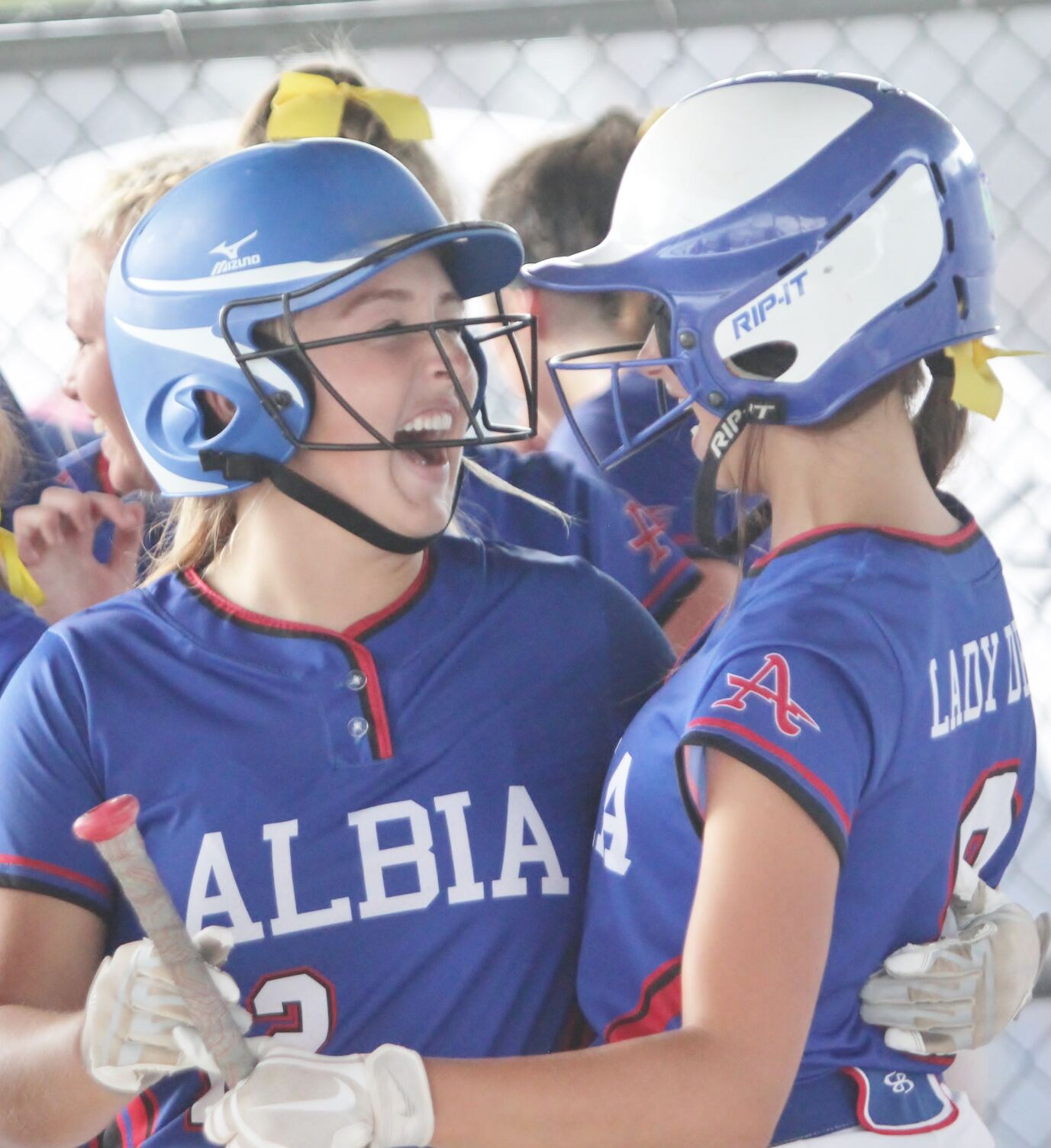 Martin lifts Albia to state softball finals (4 column main photo)