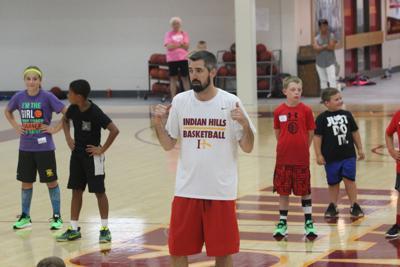 IHCC hoops host summer camp