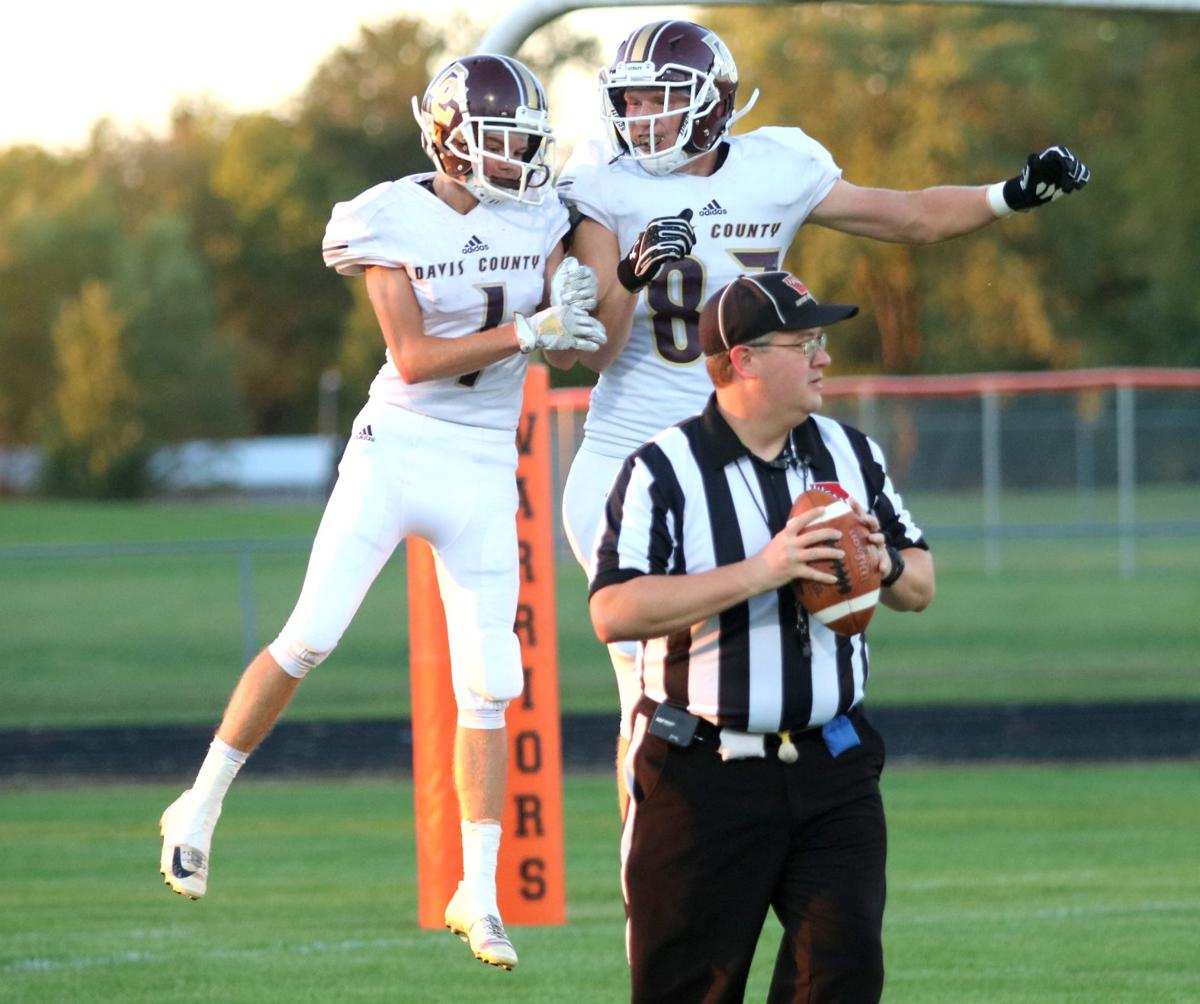 Prep football: Mustangs pick up first win