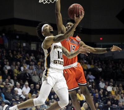 Racers explode from deep, top Skyhawks to open OVC
