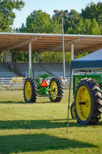 Antique tractor show returns to Carson Park