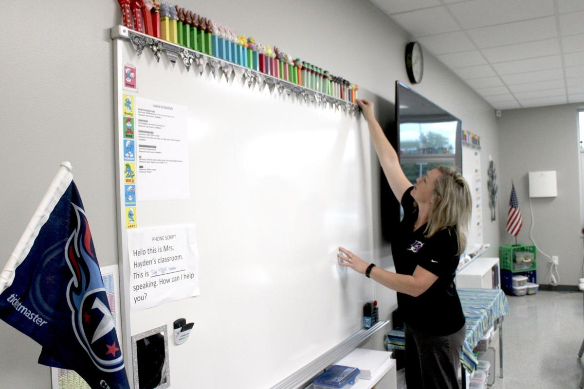 New Lone Oak Middle School building dedicated in ceremony