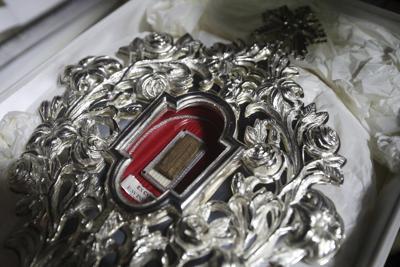 Relic allegedly from manger back in Bethlehem