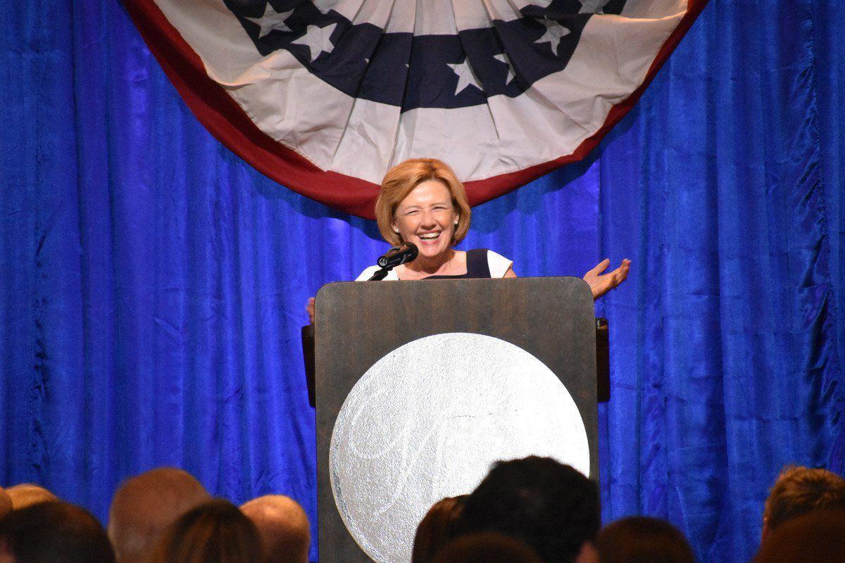 Democrats highlight female candidates at Barkley dinner