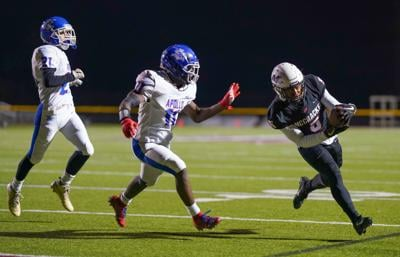 Mustangs blank Apollo, 57-0 to advance in 6A playoffs