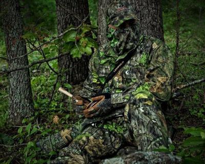 Turkey hunter in Mossy Oak