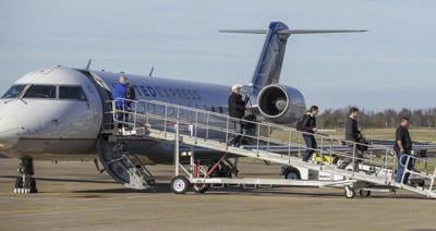 SkyWest contract extends Barkley airport jet service