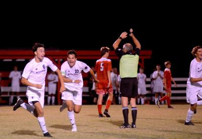 Mustangs open season with 4-1 win over Lakers