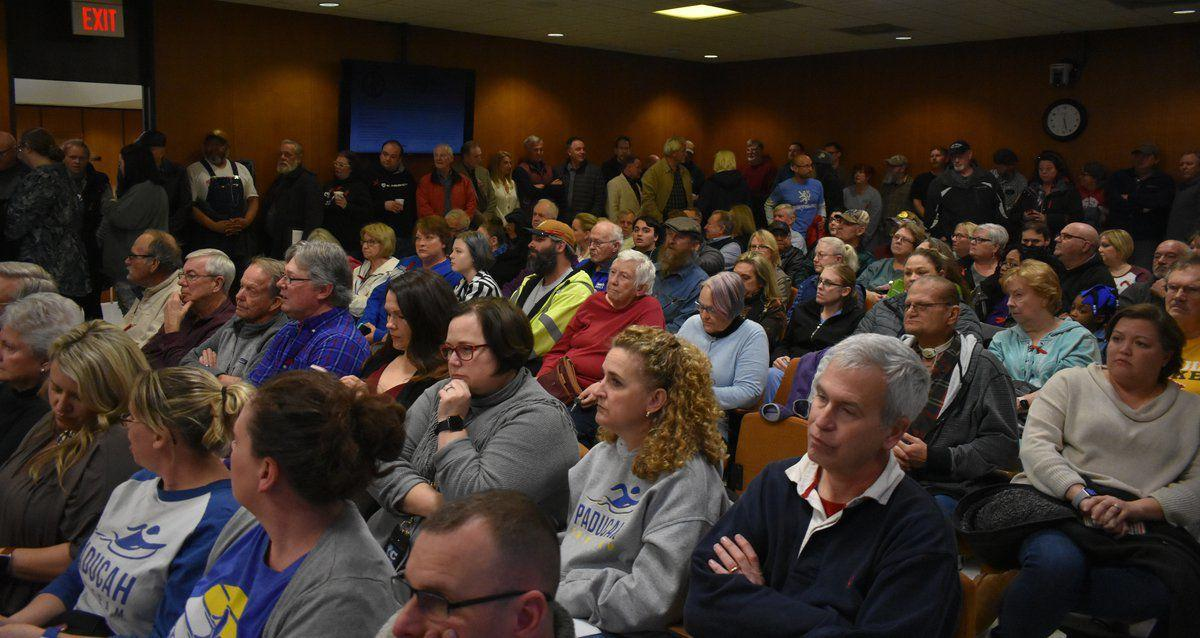 Commission rejects Abraham's resolution for aquatic center
