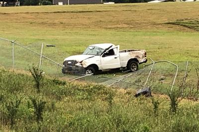 Wreck injures Marshall man