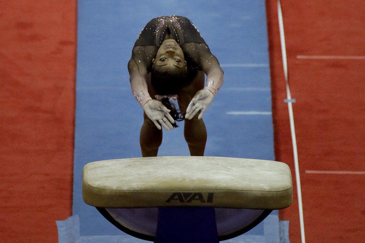 Biles soars to 6th U.S. title