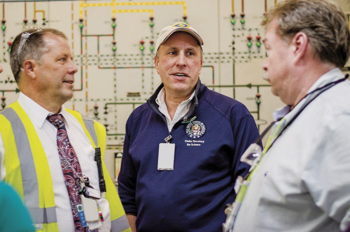 ON SITE Under secretary for science tours DOE's Paducah plant