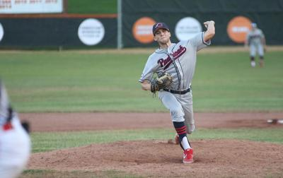 Hoppers rally late, top Chiefs in Hoptown