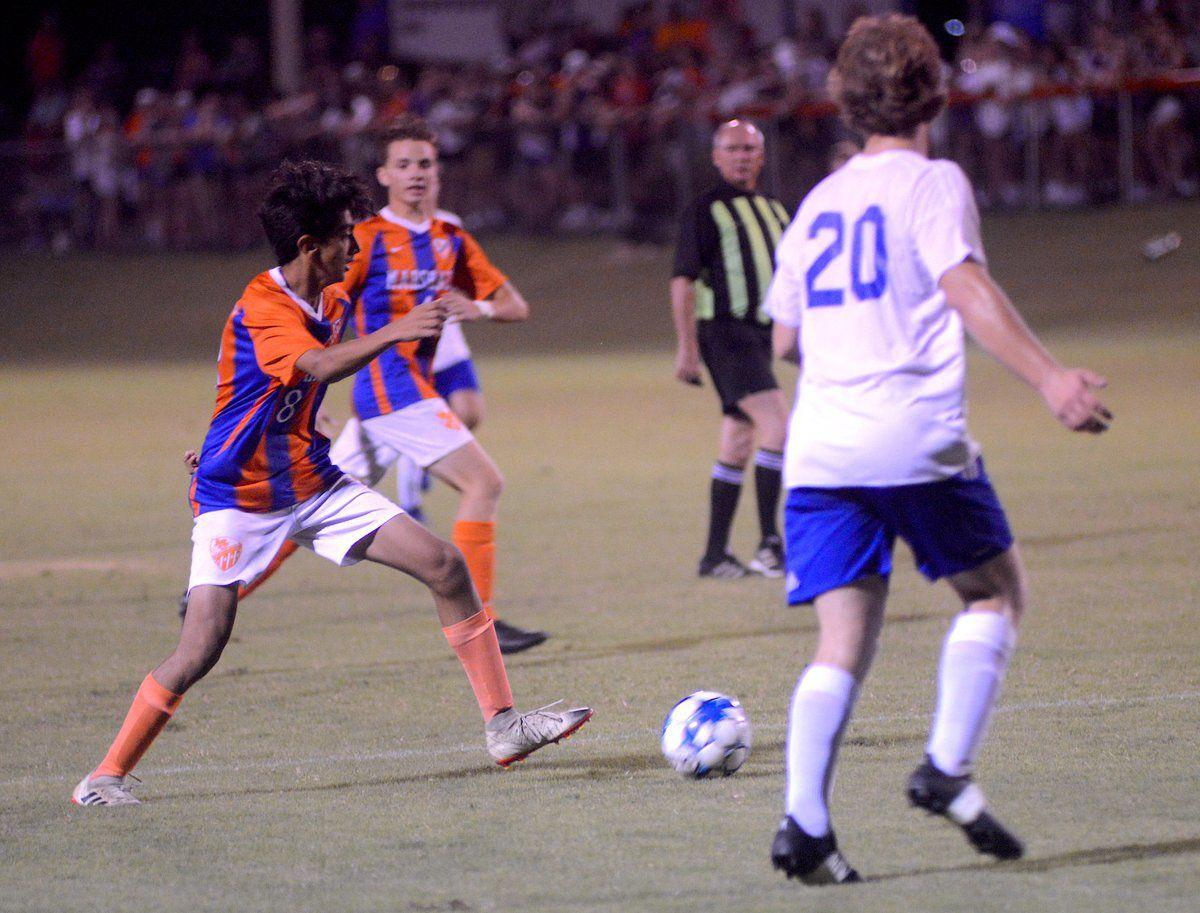 Marshals outlast Vikings, 2-1