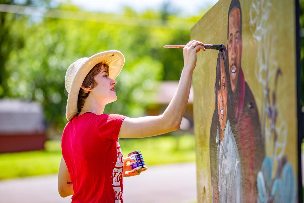 'Everybody has to speak' - Artist paints Breonna Taylor mural