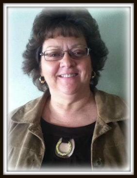 Lorraine Lowe.paid obit pic.jpg