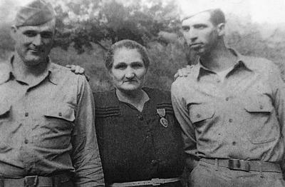 Curtiss Burchett and Onda Murphy, two D-Day heroes
