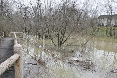 Flood concerns continue as Johnson waterways swell