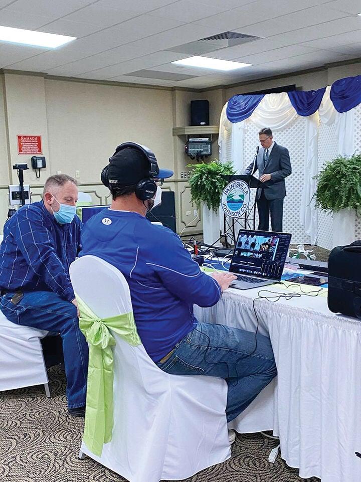 Chamber goes forward with awards — virtually