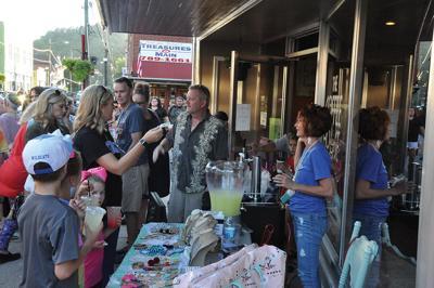 Paintsville flocks to Market 606