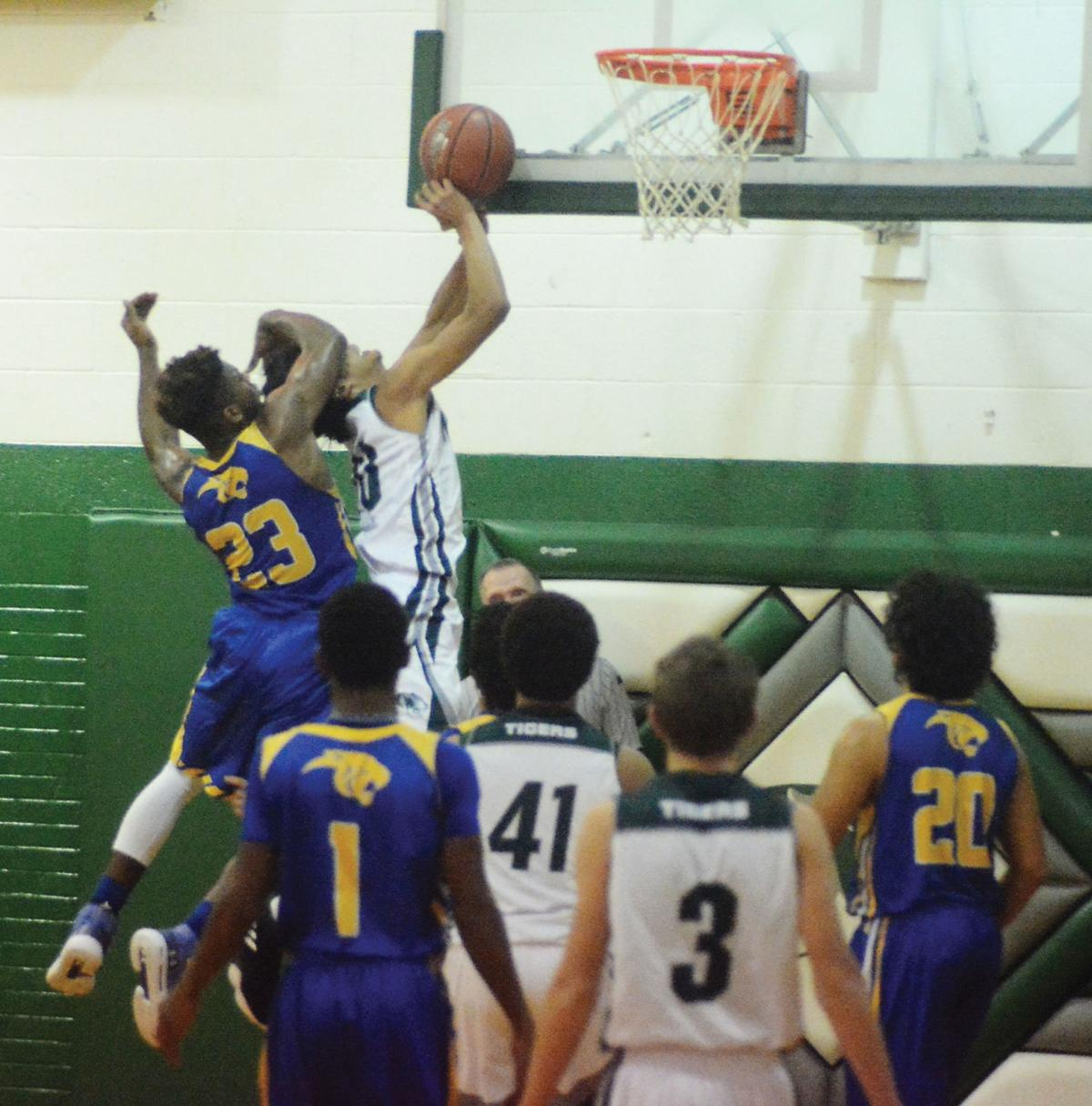 Oakwood-Neches boys' basketball