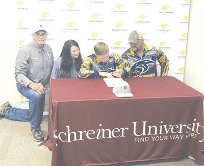 Oakwoood's Bynum signs with Schreiner University
