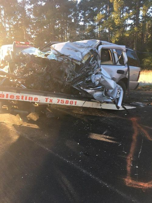 Update: Elkhart resident dies in early morning wreck | News