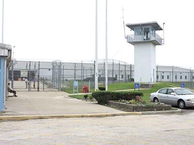 05-11 prison-01