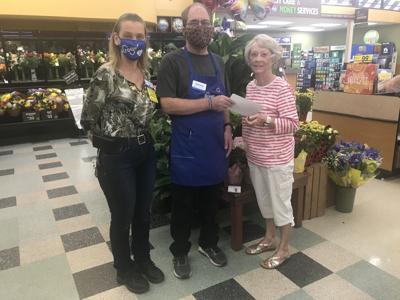 Kroger employee donates to Stockpot