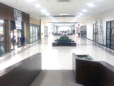 11-26 empty mall-01
