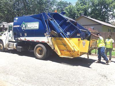 06-12 garbage truck-01